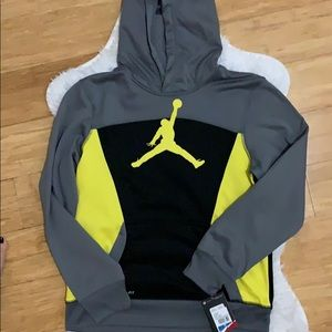 NWT boys Jordan thermal fit hoodie pullover